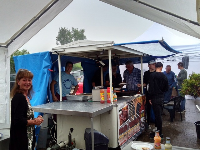 Catering barbeque op de camping